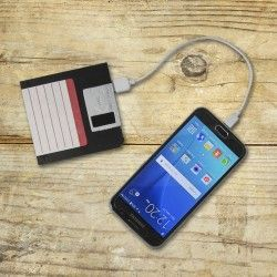 Portable Charger for Mobile in the Form of a Floppy Disk
